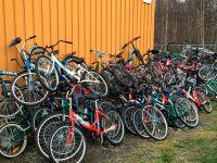 На норвежском погранпункте массовая утилизация велосипедов