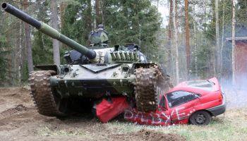 Финский Танковый музей приглашает всю семью