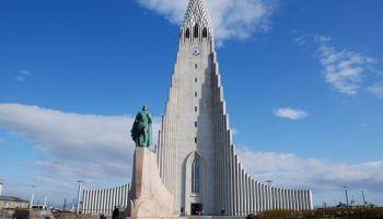 Исландия: столичный храм зарабатывает на туристах