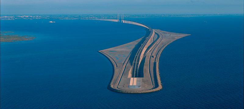 Датско-шведский мост останется открытым, но проблемы будут