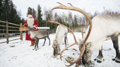 Санта Клаус глазами противников