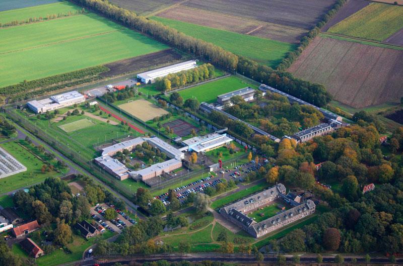 Норвегия отправляет своих заключенных в Нидерланды