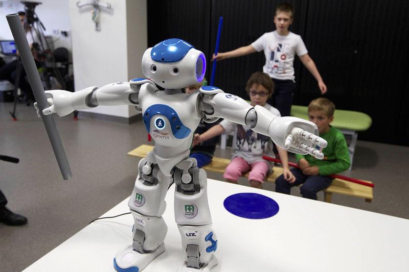 Роботы в помощь финским учителям