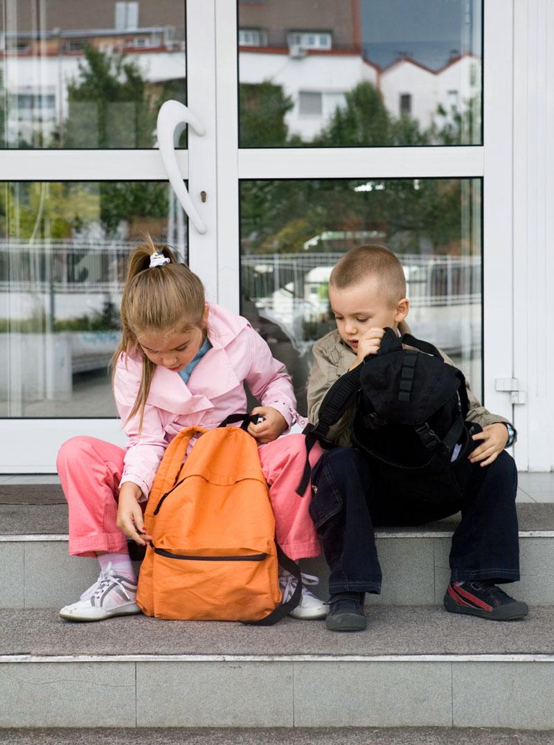 Швеция: не хватает классов? Учите в библиотеках и на улице!
