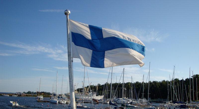 Финляндия: финскому флагу исполнилось 100 лет
